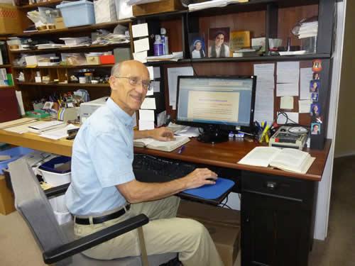 2012--richard in office 5